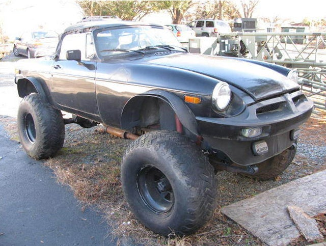 4x4 MGB Guarantees Entry to Project Car Hell
