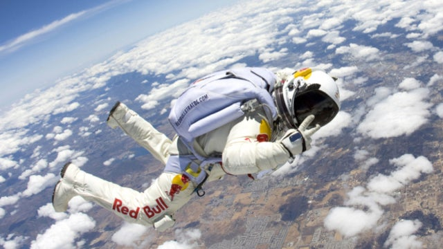 Record-smashing supersonic space jump will happen in 2012