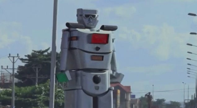 Woman Solves Traffic Problems In The Congo With A Giant Robot