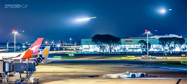 Time lapse of an airport makes airplanes look like shooting stars