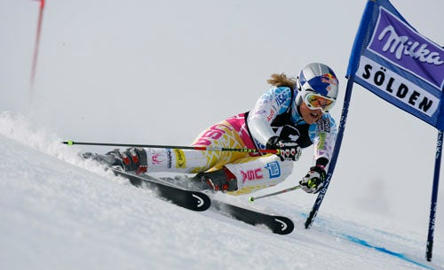 Lindsey Vonn Switches To Men's Skis