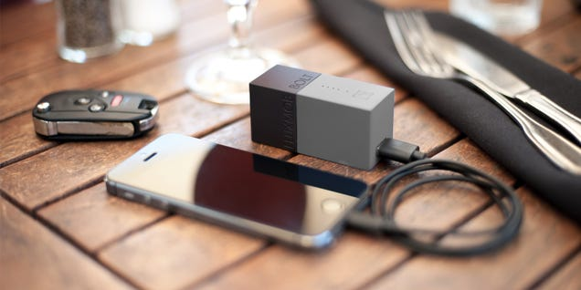 20% Off Combo Wall Charger + Backup Battery: The Fluxmob Bolt ($48)