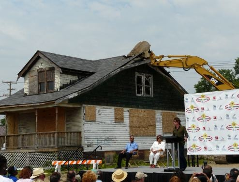 Saturn Teams With Bon Jovi And Habitat For Humanity For Detroit Neighborhood Build