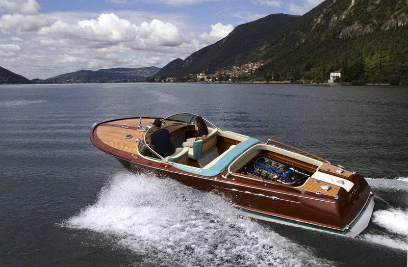This 24-Cylinder Lamborghini-Powered Speedboat Is The Best Boat
