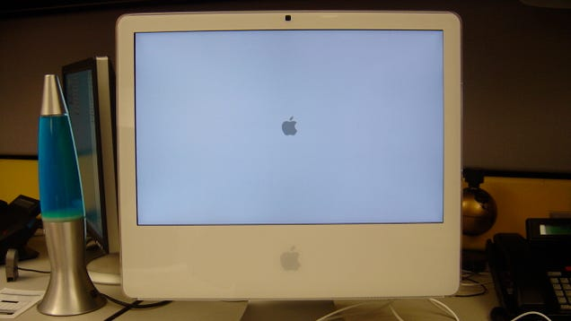 Should I Upgrade to Mac OS X Yosemite?