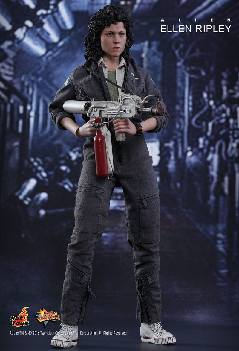 Hot Toys Just Revealed the Ultimate Ellen Ripley Alien Figure