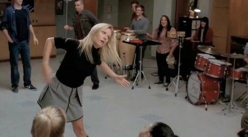 Glee: It's Raining Gwyneth