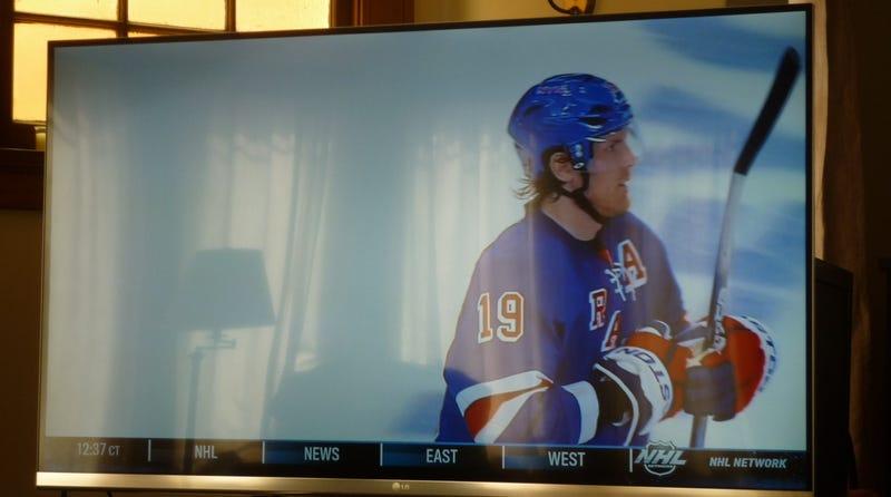 "LG 55"" Cinema 3D Smart TV Lightning Review Gallery"