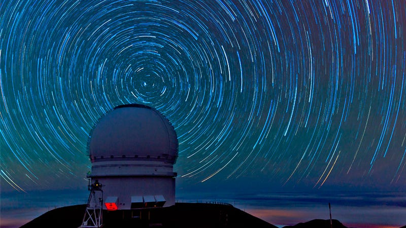 Everything a Serious Stargazer Needs To Enjoy the Celestial Show