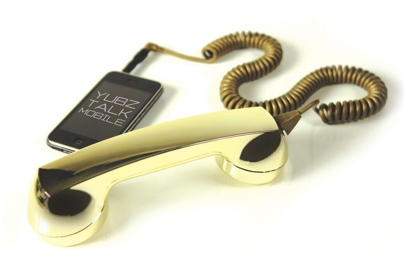Gold Retro iPhone Handset Is Perfect for Gangsta Dorks, DePalma Movies