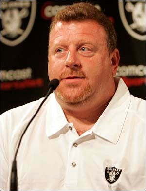 Tom Cable Denies Breaking His Assistant's Jaw, Players Rejoice Anyway