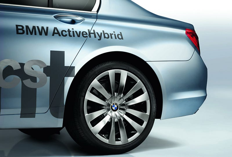 BMW Concept 7 Series ActiveHybrid Adds Power, Efficiency