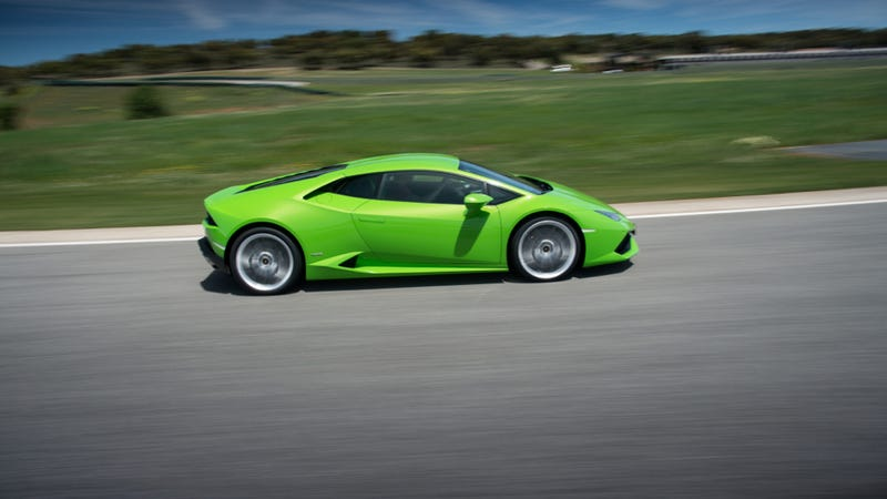 Lamborghini Huracan: A V10 Projectile That Will Eat You For Breakfast