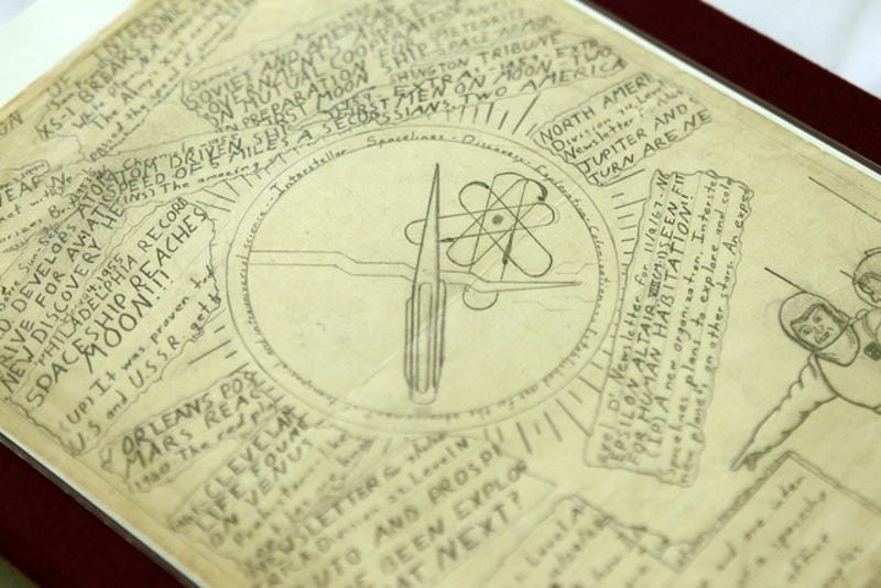 8 of the Most Fascinating Items From Carl Sagan's Personal Archives