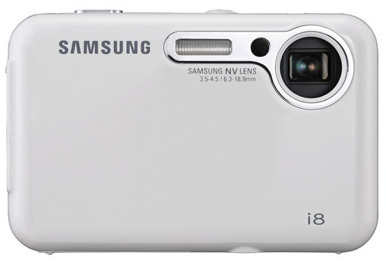 Samsung's i8 8.1-megapixel Point and Shoot Looks Slim, Rounded