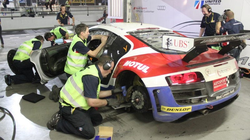 Facebook Answers Audi Engineer's Cry For Help During Dubai 24 Hours Race
