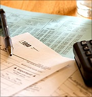 Tax Day Roundup: Filing Tips and Free Food