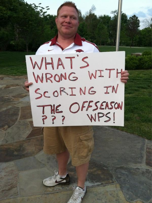 Arkansas Students Held A Pro-Bobby Petrino Rally And Made Some Amazing Signs