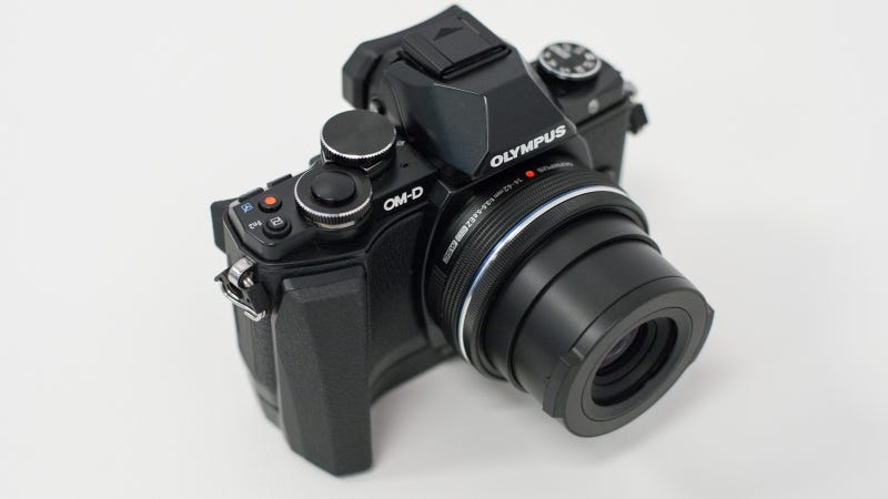 Olympus OM-D E-M10: The Sub-$1000 Compact Camera We've Been Waiting For