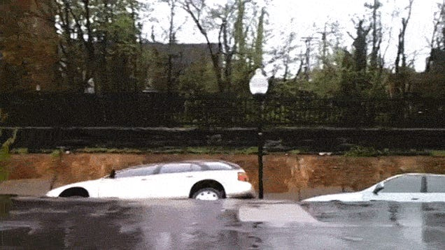 First Glimpse of the Baltimore Sinkhole Eating a Bunch of Cars