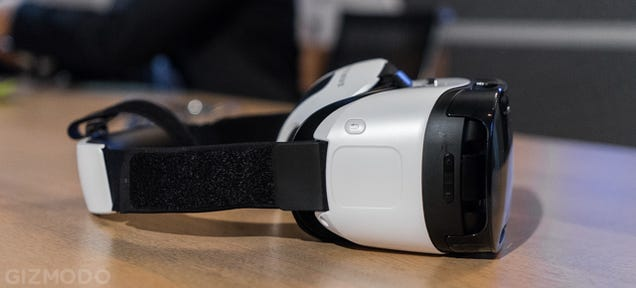 Samsung's Answer to the Oculus Rift Is a Phone-Powered VR Beast