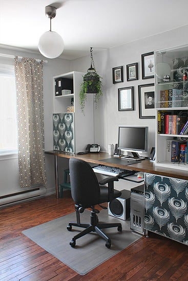 Workspace Inspiration: Embracing the Door-as-Desk Option