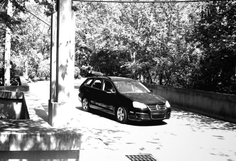 2009 VW Jetta TDI Reviewed By Budding 13-Year-Old Fan-Boy