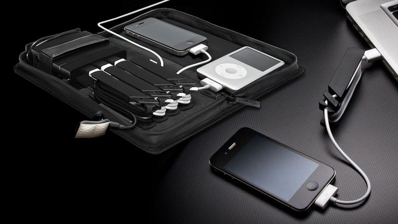 AViiQ Portable Charging Station Charges Four Gadgets on the Go