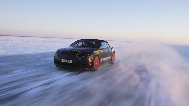 Your Ridiculously Cool Bentley Continental Supersports Wallpaper Is Here