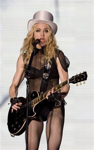 Madonna Treats Her Concert Crew To Second-Class Accomodations