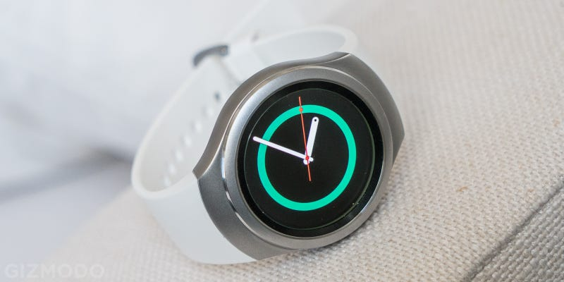 The Gear S2 Smartwatch Is a Good Idea, Racked With OS Growing Pains