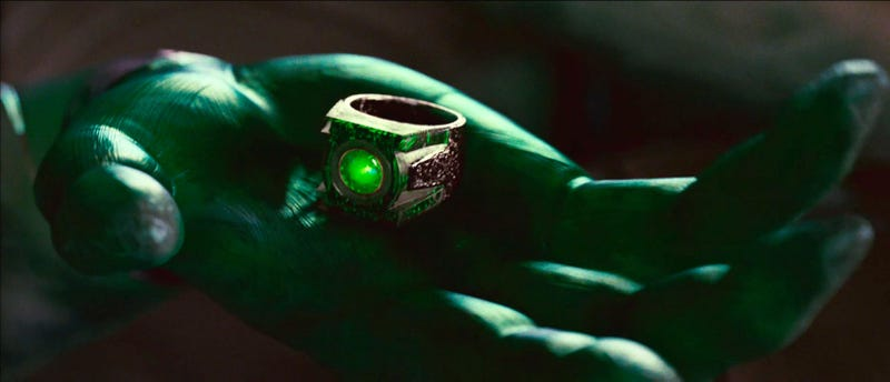 Green Lantern isn't a comedy, Ryan Reynolds promises. And intense new footage proves it!