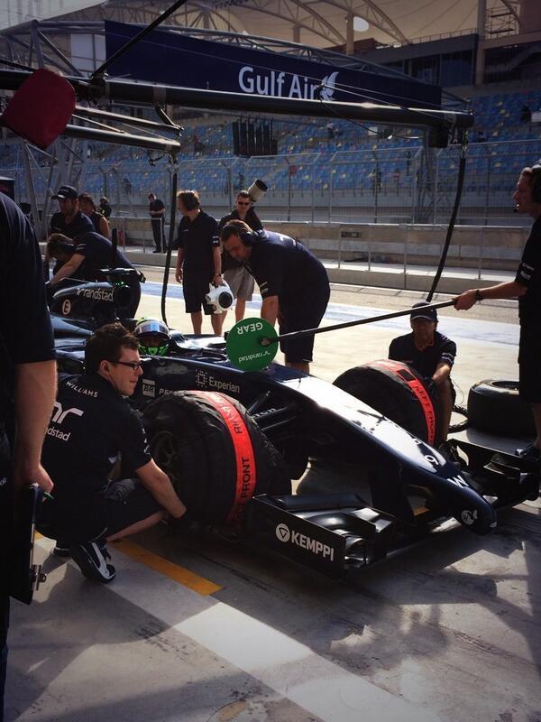 Formula 1:Day 2 Testing Bahrain Session 2 Live