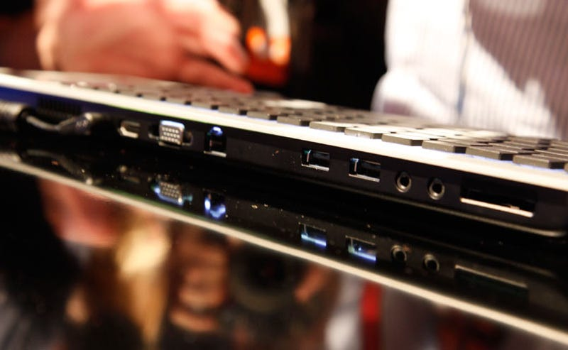 Eee Keyboard: An Entire Touchscreen Home Theater PC
