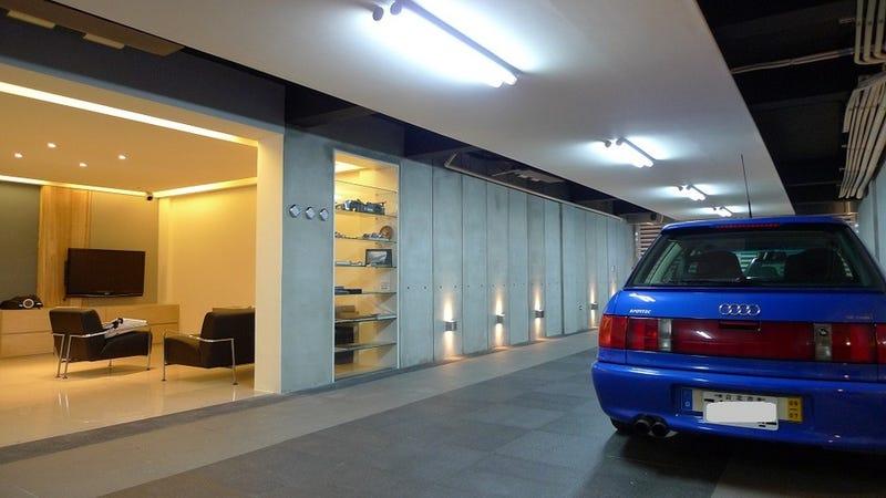 Audi Garage