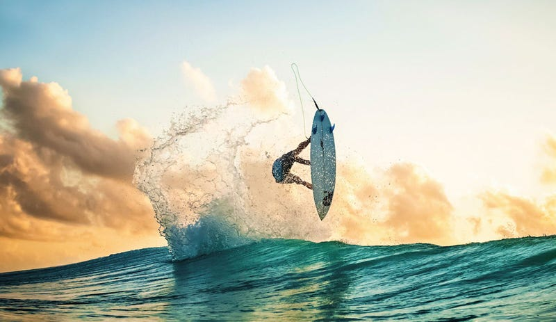 23 Stunning Photos From Up-and-Coming Surf Photographers