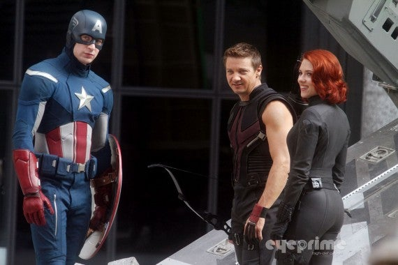 More set photos from NYC filming of The Avengers