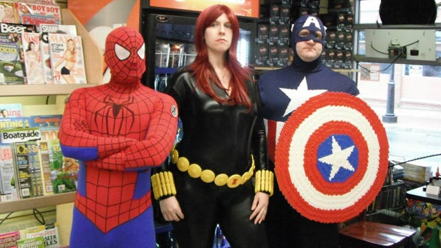 Nerdgasm Alert: Full Size Lego Avengers Props!