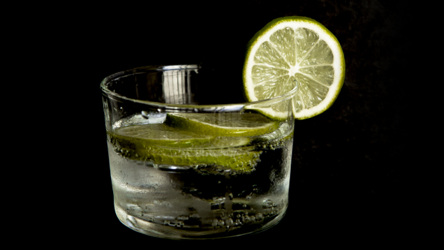 Use Seltzer Water for Healthier Cocktails