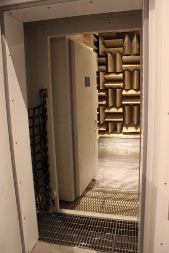 Anechoic Gallery