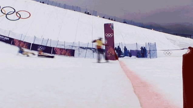 Snowboard Cross Semifinal Features Nutshot, Photo Finish