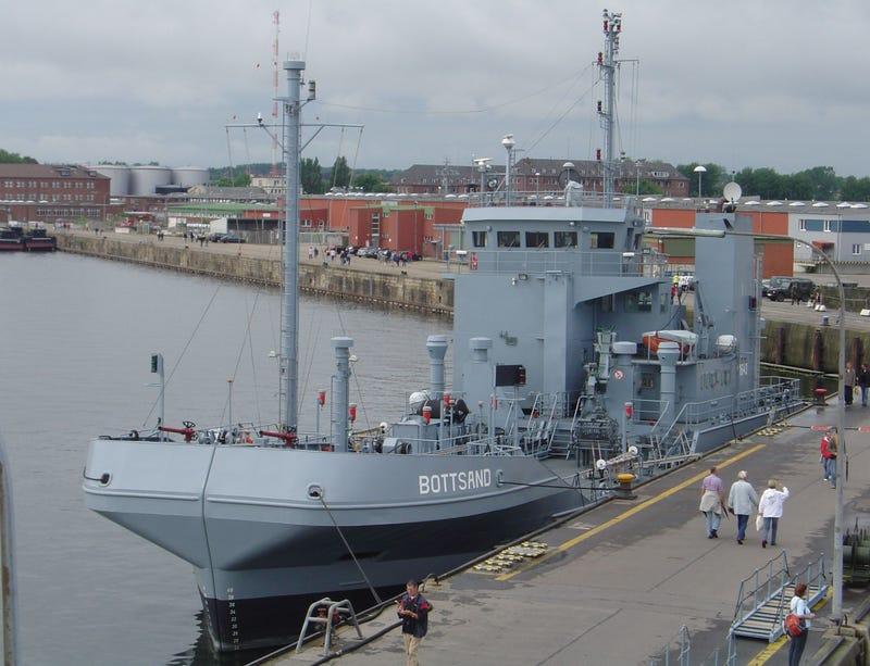 Bottsand Ship Gallery
