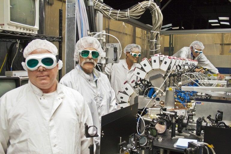 Boeing desarrolla un cañón láser más potente y eficaz