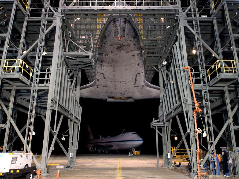 How To Attach The Space Shuttle To A Boeing 747