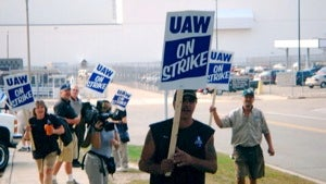 A Focus on excitement, Honda recalls a ton of Fits, and the UAW wants to strike Ford