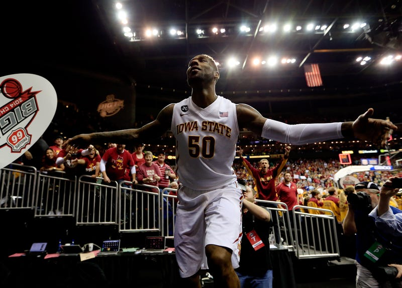 The Last Flight Of DeAndre Kane, College Basketball's Old Man