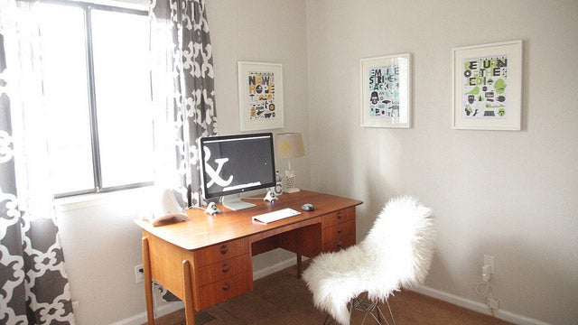 Ampersands and a Sheepskin Chair: The Mid-Century Modern Workspace