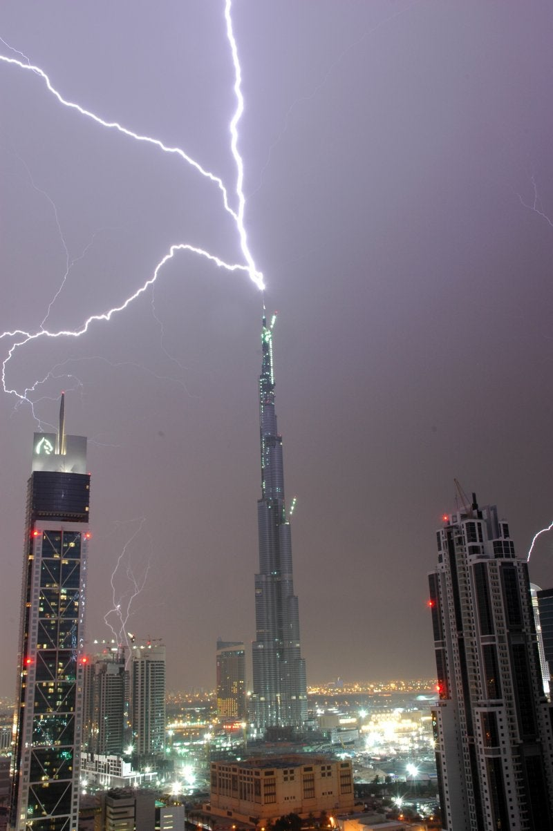 The Burj Dubai Just Can't Stop Getting Struck By Lightning