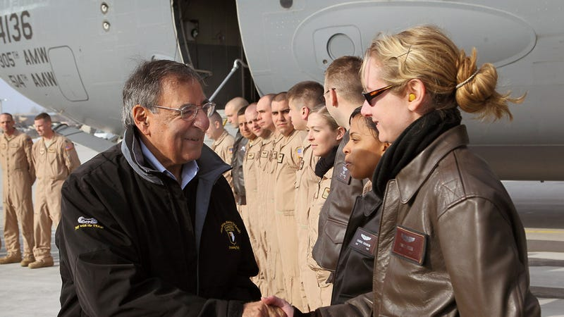 Defense Department Finally Lifts Ban on Women in Combat