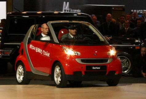Detroit Auto Show: Smart Unveils 58 MPG Stop-Start Hybrid